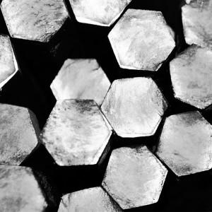 Шестигранник титановый